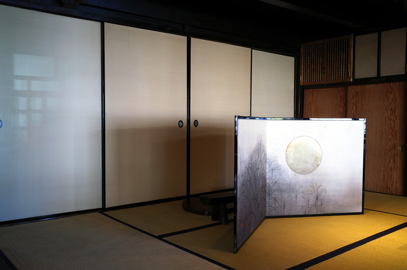 古民家に 高く上りし 荒城の月  at Taketa Oita