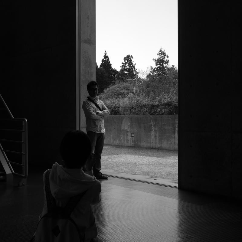 若い二人 いつかは巨匠 頑張れと  at Hoki Tottori(植田正治写真美術館)