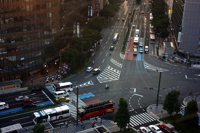 夕暮れに 駅ビルよりと 俯瞰する  at Hakata-ku Fukuoka